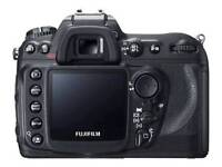 Fuji S5 Pro and battery