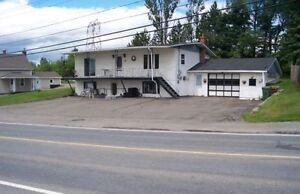 Cozy clean apartment close to Downtown Grand Falls