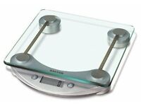 Salter 1001 SVDR square glass platform electronic kitchen scales