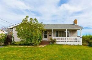 A Beautiful Bungalow on Sirius Crescent!