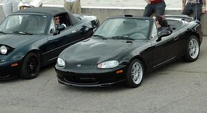Looking for a black mx-5 nb with hardtop