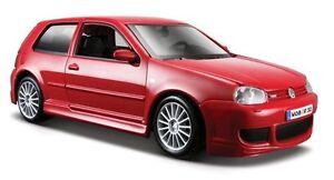 MODELLAUTO VOLKSWAGEN VW GOLF 4 R32 ROT 1/24 31290 NEU