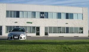 Stouffville Area Industrial Warehouse for Lease Rent 3047 sq'