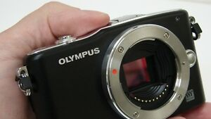 Olympus EPM1 12 mp mirrorless camera body only