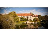 Flatshare in 4 Bed Flat within a Large Manor House in 10 Acres of Manicured Gardens