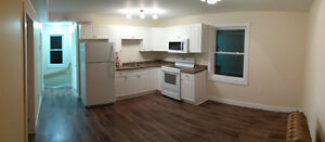 2-bedroom apartment, students welcome, laundry & parking on site