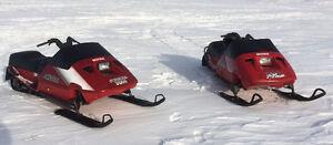 2 running sleds / 2 parts sleds / parts