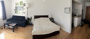 Studio/Bachelor - 1 ½ Downtown MTL- lease transfer from August 1