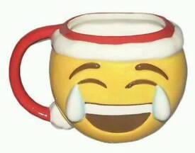Emoji Christmas mug