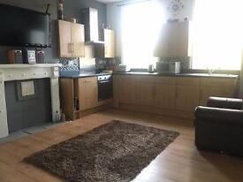 4 Double Bedrooms - Available Immediatley. Call 0208 6139696