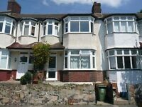 Newly Refurbished 4 Bedroom, New Kitchen Just Fitted, Large Garden, MUST SEE!!