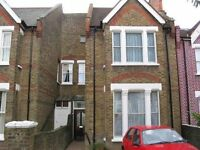 Amazing 5 Bedroom property in West Ealing