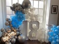 Light up number hire and ballon arch packages