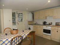 << Garden Flat >> One bed with private entrance in the heart of Camberwell, call now to view!