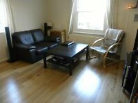 Stunning 1 bed, split level, period conversion with large living room in N4