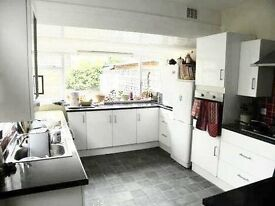 Four bedroom property with a HUGE private garden in Peckham.