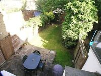 TWO BEDROOM HOUSE IN THE APOSTLES AREA - PRIVATE GARDEN, LARGE KITCHEN, CLOSE TO RAYNES PARK!
