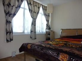 **Bright and Spacious** Large two bedroom house in Greenwich, perfect for Sharers, Call me now!