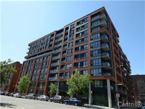 Furnished 2 bed/1 bath with parking/storage available July 1st