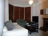 Beautiful two bedroom property minutes away from vauxhall station!!!
