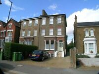 *Large 3 Double Bedroom with Boasting Garden to compliment in the Heart of East Dulwich