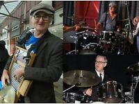 Drummer, Washboard Percussionist, Mature and Experienced