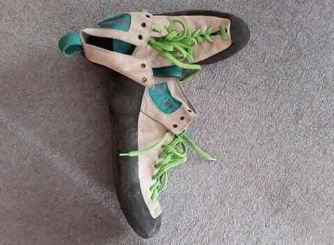 Men's climbing shoes size 10 - FREE