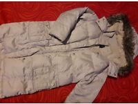 GAP girls winter jacket with fur, 6-7 yrs, very warm, detachable hood