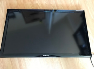 "Samsung 32"" Television LED TV - Great Condition"