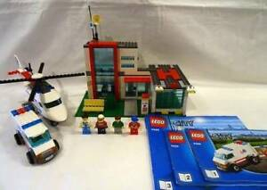 LEGO City 4429 Helicopter Rescue with minifigures and instructions