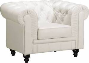 2 armchairs/fauteuils blanc/white leather/cuir