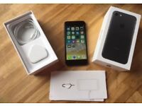 Apple iPhone 7 32gb Black Unlocked Fully Boxed *Excellent Condition*