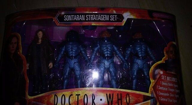 Sealed Dr Who Figures