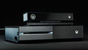 Xbox One with two controllers and Kinect