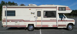 1987 27ft Ford Travelmaster
