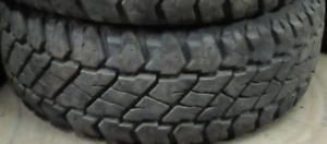 Cooper Discoverer Maxx Armor LT275/70/18=99% tread=2 tires $450