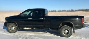 2005  Dodge 3500 4 x 4 dually diesel