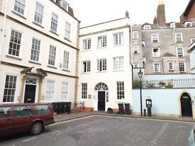 Lovely 2 bed 1st Floor apartment to let College Green £1200 incl bills pcm Available July 2018