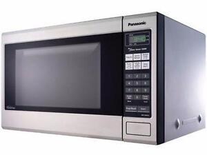 Panasonic Microwave 1.2CU  : NN-ST661B