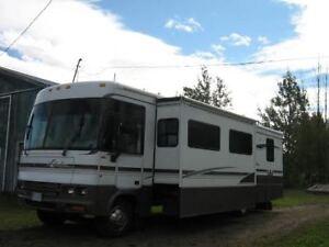 36' Winnebago Adventurer Class A Motor home