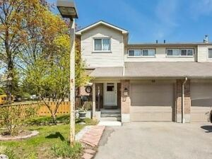 Spectacular End Unit Townhouse. 4 Bedroom, 2 Kitchens