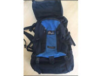MacPac Genesis travel backpack & ruck sack - excellent condition
