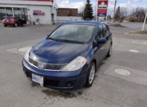 07 Nissan Versa Hatchback. Low km.