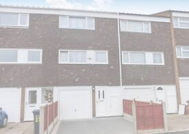 MASSIVE 3 BED HOUSE TO RENT IN SMITHSWOOD