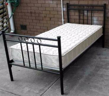 metal sing bed with mattress