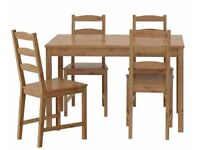 Jokkmokk - Antique stain solid pine table and 4 chairs