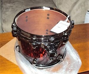 Tom tom, cymbals, accessories for/pour drummers a vendre.