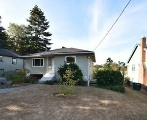 Three Bedroom 2 Bath House - Gorge/W.Saanich