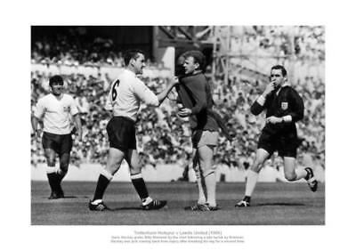 Tottenham Hotspur Dave Mackay Grabs Billy Bremner 1966 Photo Memorabilia (518)
