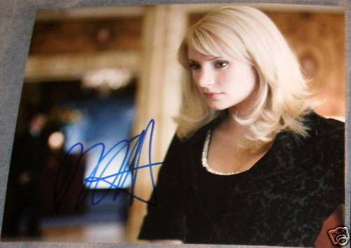 BRYCE DALLAS HOWARD AUTOGRAPH SIGNED BLONDE BABE PHOTO
